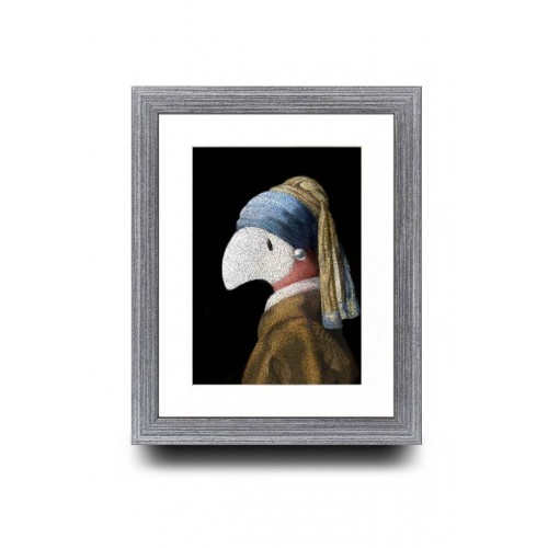 A5 - Paint me with a pearl earring.